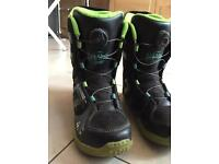 Snowboard Boots - Size 4