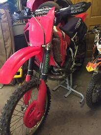 Looking for a complete back wheel for 1995 cr250r
