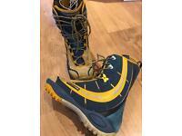 Salomon malamute Snowboard boots size 9
