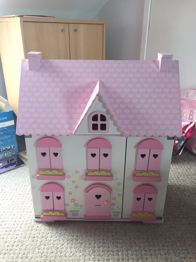 ELC dolls house fully furnished