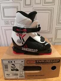 Kids Ski boots. (New) UK 7. (E26) Dalbello