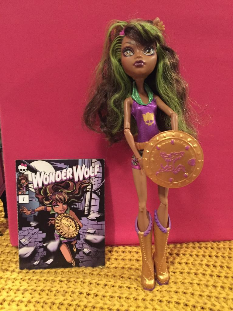 Monster High wild doll