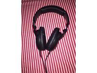 Sennheisser HD 201 Headphones