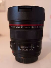 Canon EF 14mm f/2.8L Mark II USM / Ultra Wide-Angle Lens. Mint Condition