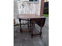 Large Solid Oak Brown 126cms x 87 cms x 80 cms Dining Table