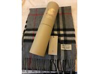 Burberry scarf with box new
