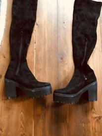 Size 7 river island boots