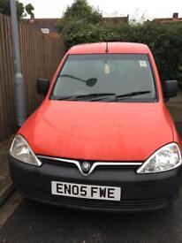 Vauxhall combo van 05 plate