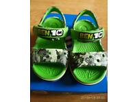 Kids Crocs Ben 10 sandals, size 5