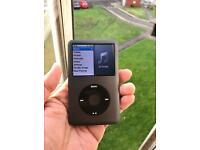 Apple iPod classic 7th gen 160GB Black loud