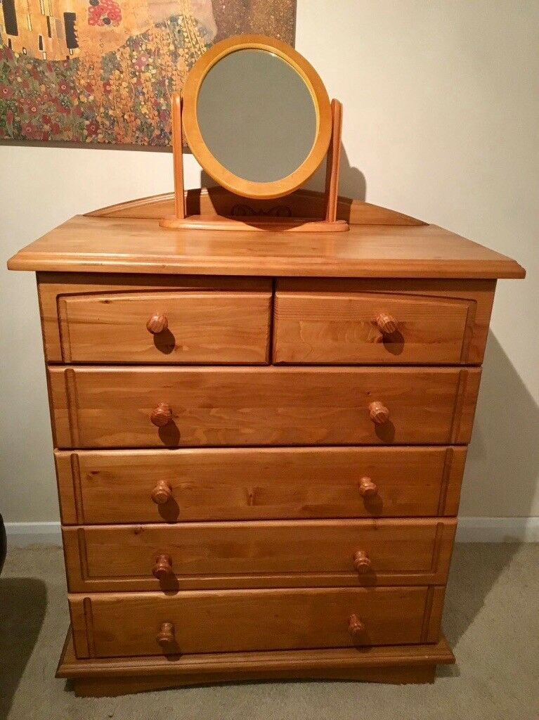 Antique Chester draws in pine