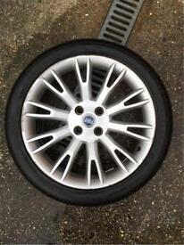 Fiat grande punto alloy wheel
