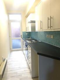 NEW 1 BED FLAT, QUEENS ROAD, PART FURNISHED £525pcm