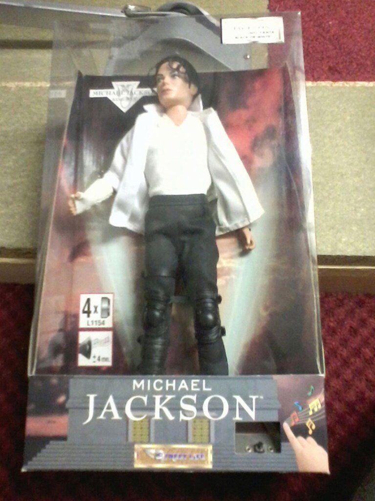 Michael Jackson singing doll