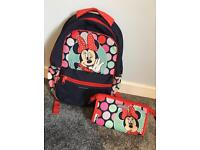 Disney American Tourister backpack & soap bag-Minnie mouse