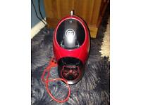 Nescafé Dolce Gusto Coffee Machine in Red