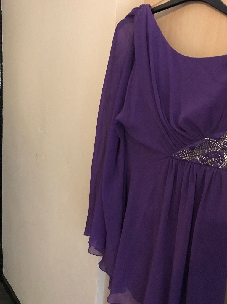 Lipsy Dressin Liverpool, MerseysideGumtree - One shoulder purple Lipsy dress Size 10 Bought from Lipsy Only worn once (good condition) Collection only