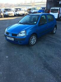 2002 Clio 1.5 dci full mot 30 pound year road tax 150 k