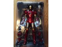 Iron Man Hot Toys Figure