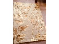Next Beige and Gold Rug 50% Wool 50% Viscose Measurements 38in/97cm x 55in/150cm