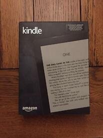 """Amazon Kindle (7th gen.) 6"""" High Resolution display eReader, 4GB with WiFi – Black"""