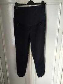 Size 10L maternity cropped trousers from Next