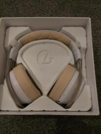 New lucid sound wireless headphones