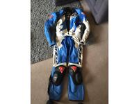 Dainese size 48 that equals 30 in waist 38 chest two piece leathers fully armed with sliders