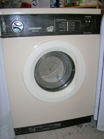 WHITE KNIGHT TUMBLE DRYER DRIER.FREE DELI VERY B,MOUTH AND LYMINGTON AREAS