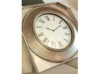 Extra large 75cm wall clock NEW