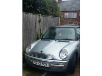 2003 52 plate silver and black mini with chilli pack swaps wanted