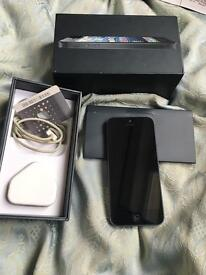 Iphone 5 16gb Good Condition. ..,.