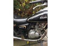 Learner Legal 125cc Cruiser Motorbike (Sinnis Vista) 2011
