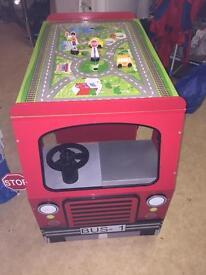 Kids bus!