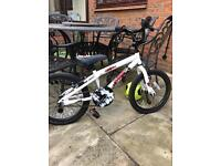 Boy or girls bike apollo force