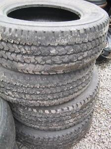 Firestone Transforce LT245/70r17 à 7/32