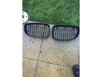 BMW 1 series e82 gloss black grills