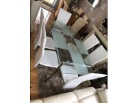 drining room table &6 chairs