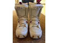 Atomic Women's Snowboard Boots Size 9