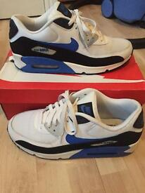 Mens size 10 Air man trainers