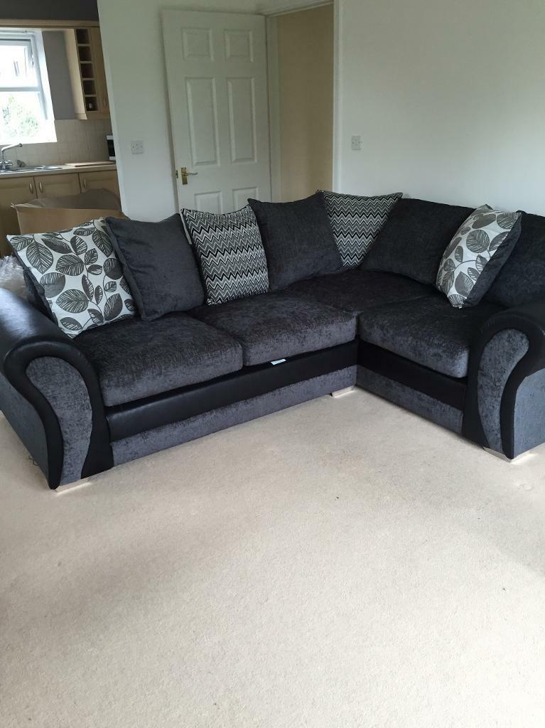 GREY CORNER COUCH FOR SALE