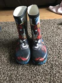 Boys Avengers Wellies size 11