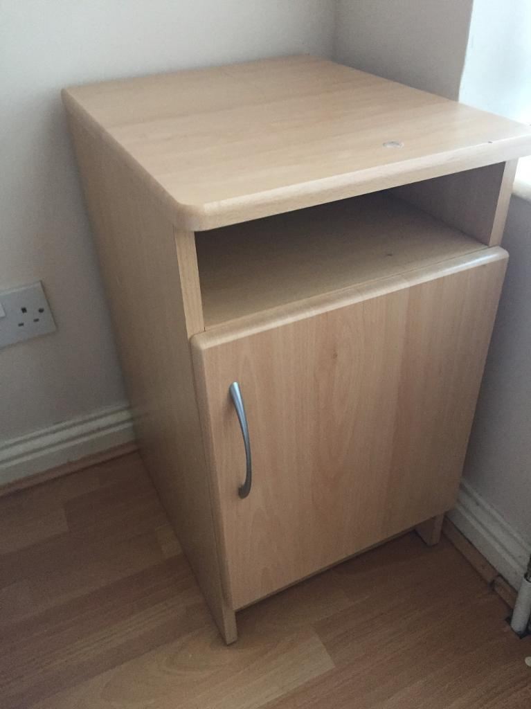 Bed side table in county antrim gumtree for Bed and side tables