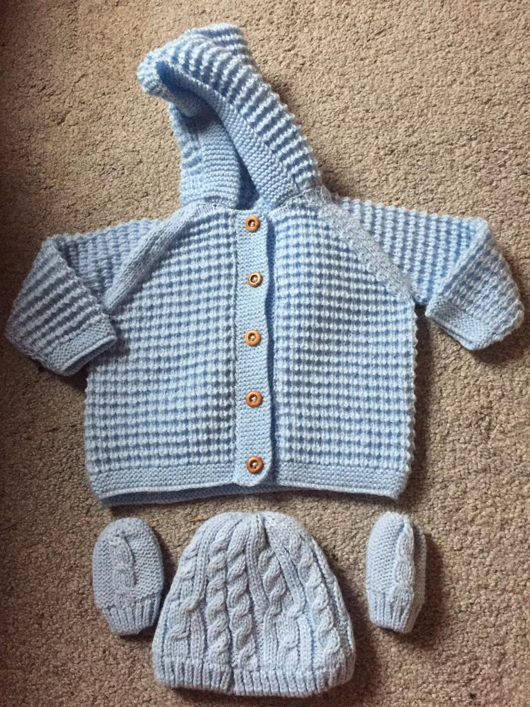Brand new Knitted Cardigan, Hat and Mittens - 0-3 months
