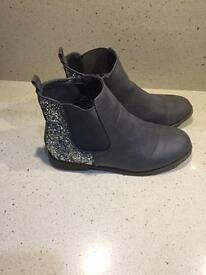 Grey Boots - size 2