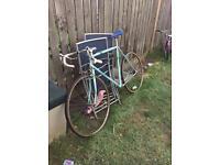Vintage triumph men's bike