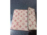 Louis Vuitton wallet / purse