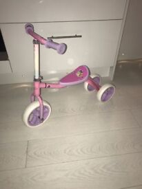 Girls disney princess scooter/bike