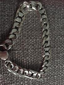 Unique men's curb bracelet