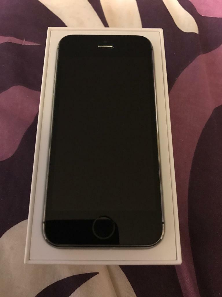 iPhone 5s unlocked in excellent condition